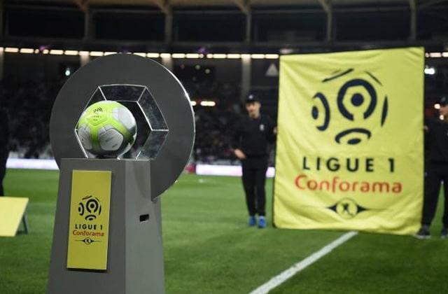 Ligue 1 à l'arrêt