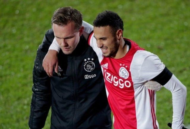 Blessure de Mazraoui avec les Jong Ajax