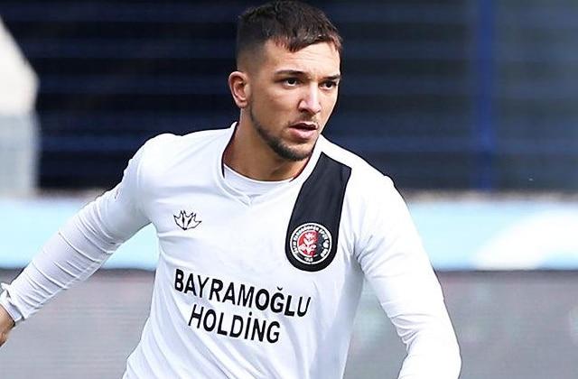 Brahim Darri n'ira pas à Fenerbahçe